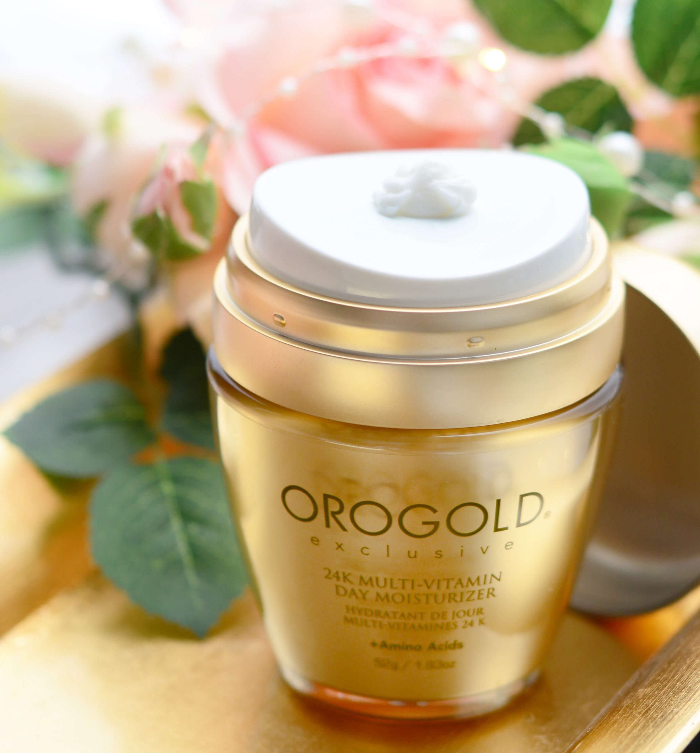 Day cream with cosmetic gold